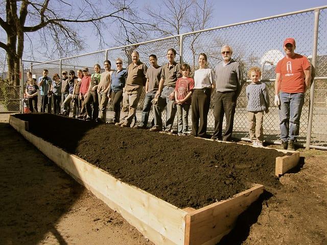 Sutherland Schoolyard Market Garden Build