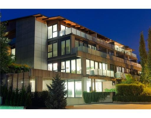 201 – 650 Evergreen Place, North Vancouver BC